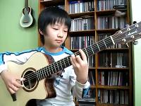 Thần đồng guitar nhỏ tuổi