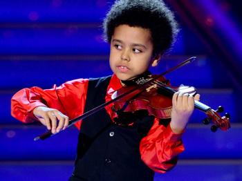 Akim Camara, tài năng violin