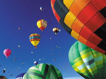 Khinh khí cầu bay lên như thế nào