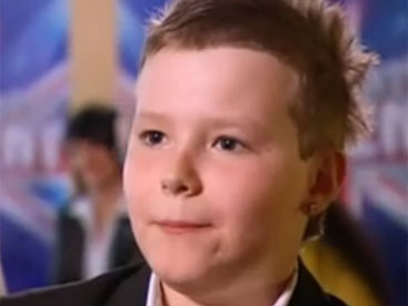 Charlie Wernham ca sĩ nhỏ tuổi