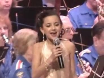 Gina Lee giọng ca nhí tuyệt vời