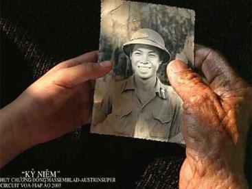 Mẹ Việt Nam anh hùng