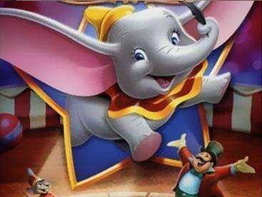 Chú voi Dumbo