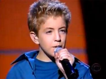 Ca sĩ nhỏ tuổi