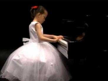 Tiffany Koo - tài năng piano nhí