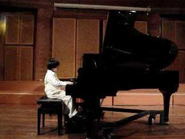 Thần đồng piano