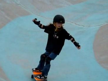 Tài năng trượt ván nhỏ tuổi