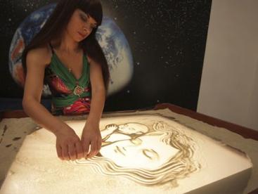 Nghệ thuật vẽ tranh cát