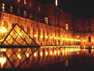 Bảo tàng lâu đời nhất thế giới  Louvre