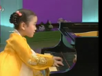 Nghệ sĩ piano nhí - Kim Su Yang
