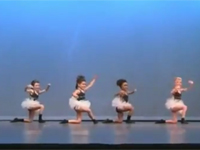 "Ballet dancing to Lady Gaga's ""Poker Face"""