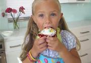 Cùng bé làm cupcake