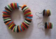 Cách làm vòng tay bằng vải nỉ